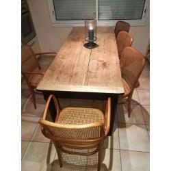 Table ferme rénovée