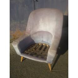 Grand fauteuil Charles Ramos à restaurer