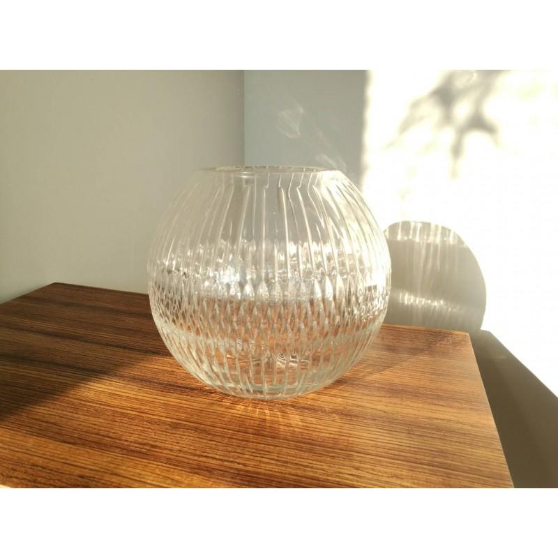 Vase boule cristal ciselé 1970