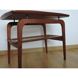 table ARNE HOVMAND OLSEN