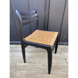 Chaise en frêne et paille...