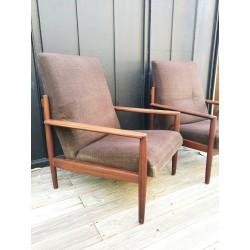 Paire de fauteuils teck...