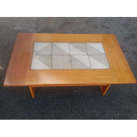 "Table basse scandinave ""GONGSO"""